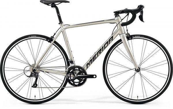 Велосипед 28″ Merida SCULTURA 200 Silk Titan (Black) 2020