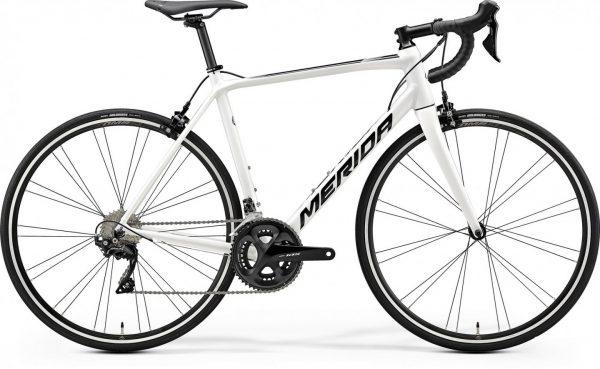 Велосипед 28″ Merida SCULTURA 400 White (Black)
